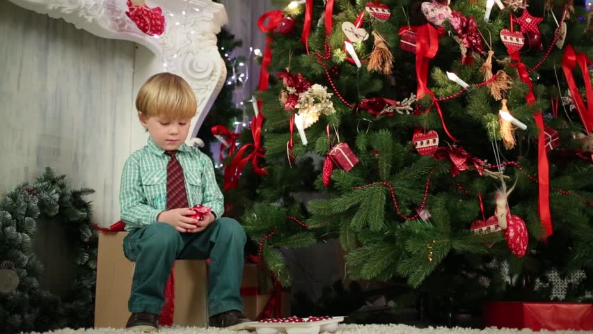 Lonely On Christmas.Benji And The Lonely Christmas Tree A Poem With A Moral